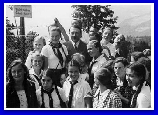 Hitler and Children Obersalzberg Aug 13. 1935 Heinrich Hoffmann, Official Hilter Photographer Foto-Willinger Collection Hoover Archives2